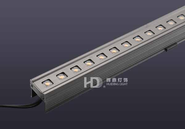 厦门LED带铝孔盖线条灯